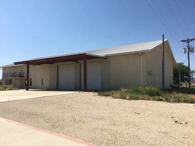 Office/Warehouse & 5 Acres - SALE OR LEASE